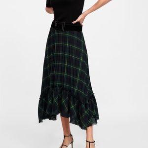 e03aac011799b ... Sophia Bush s Zara check skirt!